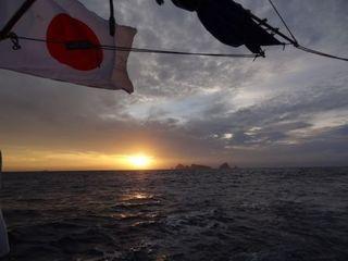 尖閣と旭日.JPG